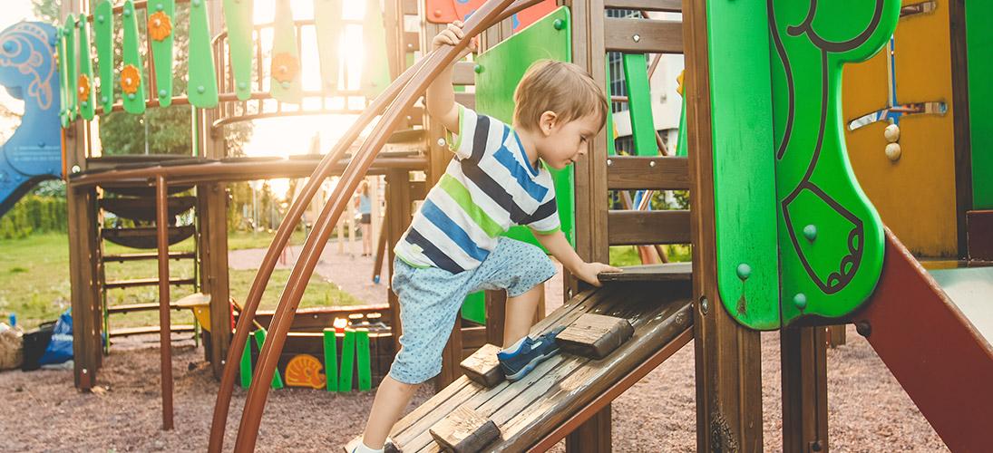 Quais são os benefícios do playground no condomínio?